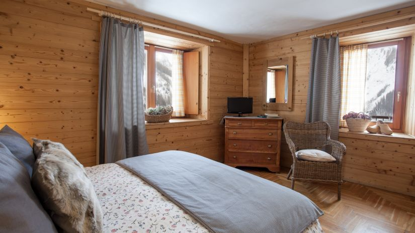 Room with views of Mont Blanc